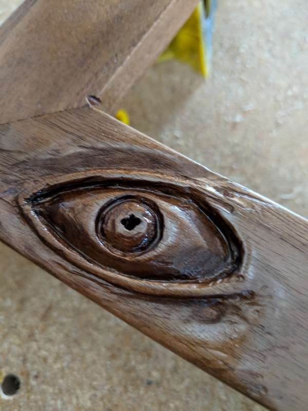 Detail of the top eye